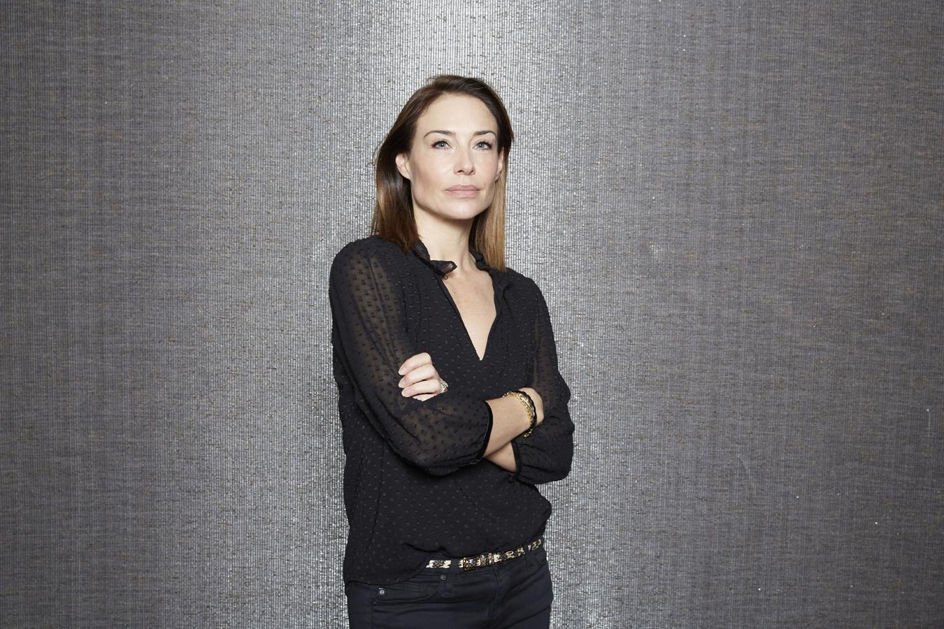 Claire Portman - Claire Forlani