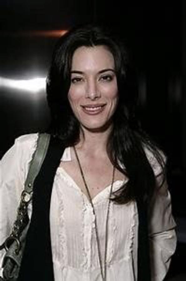 Claire Portman - Jaime Murray
